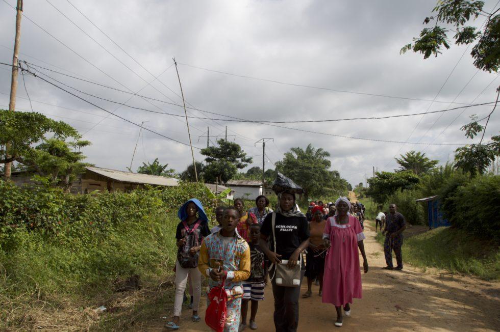 Arrivée du pèlerinage à la Dibamba
